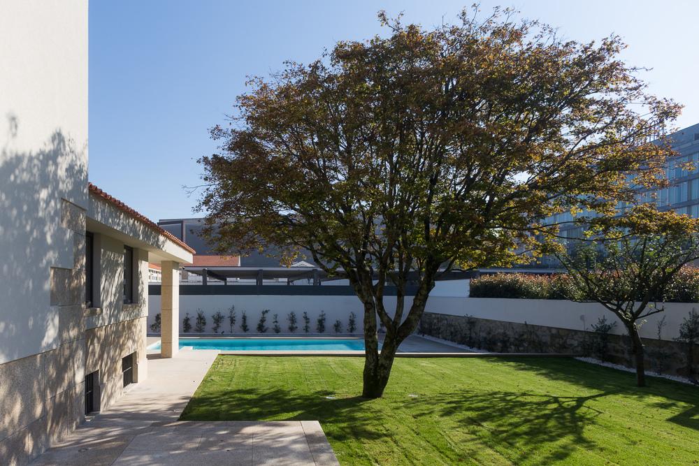Jardim da Casa Azevedo Coutinho na zona do Foco, Porto, Portugal - Reabilitação /Azevedo Coutinho House Garden, Porto, Portugal - Renovation of this historic house