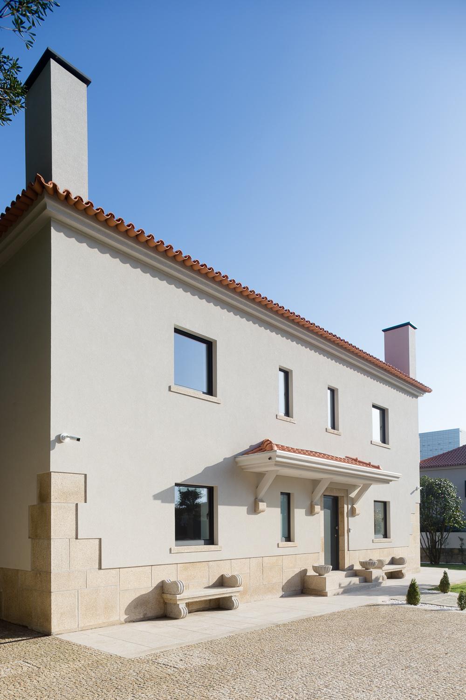 Azevedo Coutinho House New Facade, Porto, Portugal - Renovation of this historic house/ Fachada  da Casa Azevedo Coutinho na zona do Foco, Porto, Portugal - Reabilitação