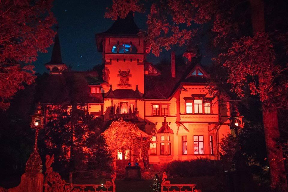 Schloss Heinrichhorst.jpg