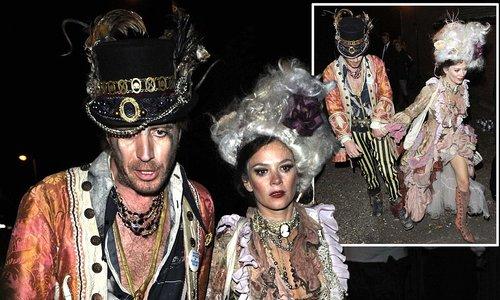Anna Friel and Rhys Ifans in Hello Magazine