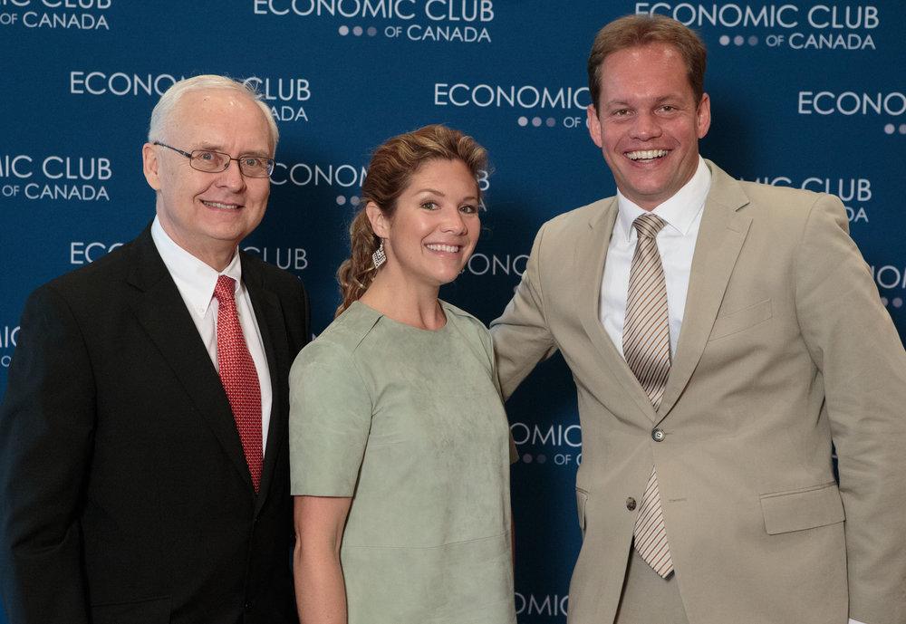 Economic club jn 20 2016 0421.jpg