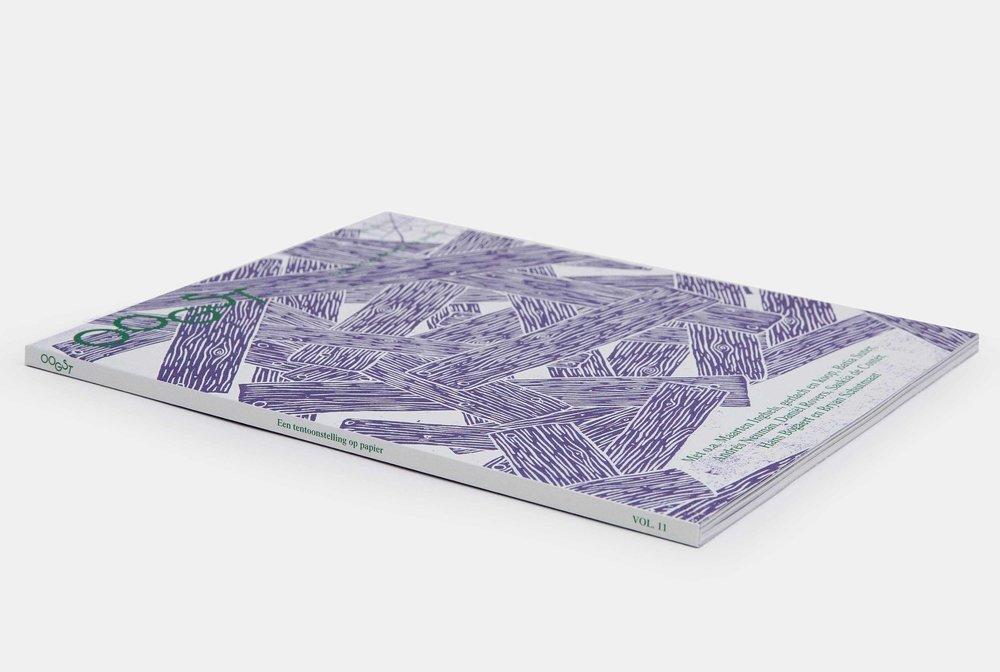 < 15 euro - Oogst vol 1114 €Een kunstwerk in paars en wit, geïllustreerd door de Britse tekenaar Jimp. Dit nummer van Oogst kreeg een eervolle vermelding op de prestigieuze Stack Awards in de categorie Best Use of Illustration.