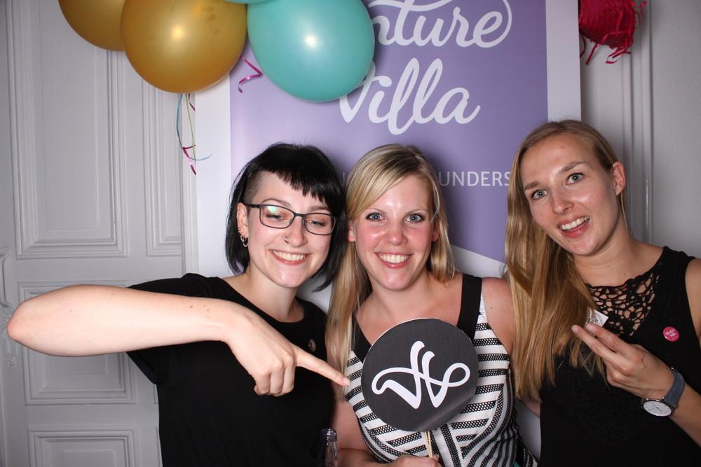 VentureVilla Accelerator Betreiberinnen Judith, Nadine & Finja