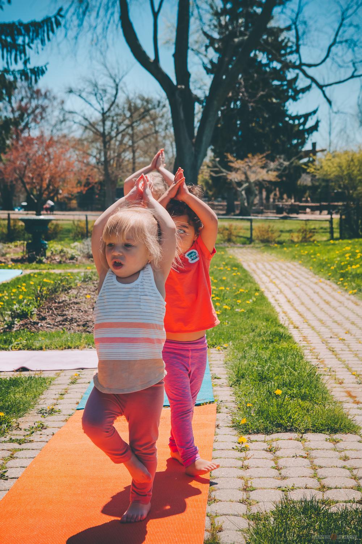 erin-yoga-kids-28.jpg