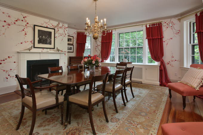 db_7_West-Hill-Place__Dining-Room-Photo_800-M1.jpg