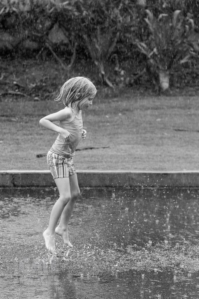 kids-playing-in-the-rain-3.jpg