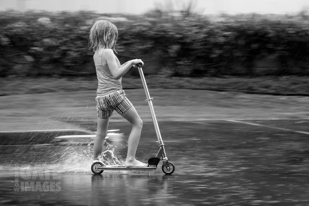 kids-playing-in-the-rain-6.jpg