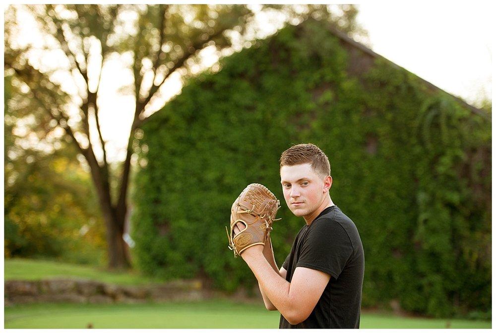 senior boy golf senior portrait session-0020.JPG