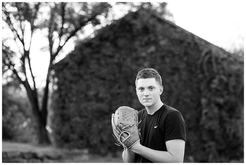 senior boy golf senior portrait session-0022.JPG