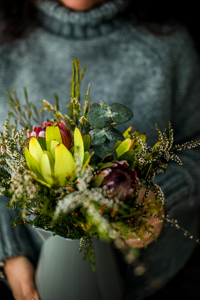 lifestyle-photography-sydney-bunch-of-native-flowers
