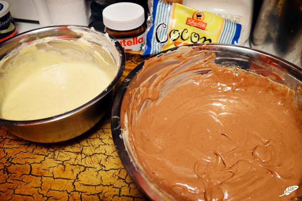 cheeskitch-160702-nutella-cheesecake-pie-batters-1500.jpg