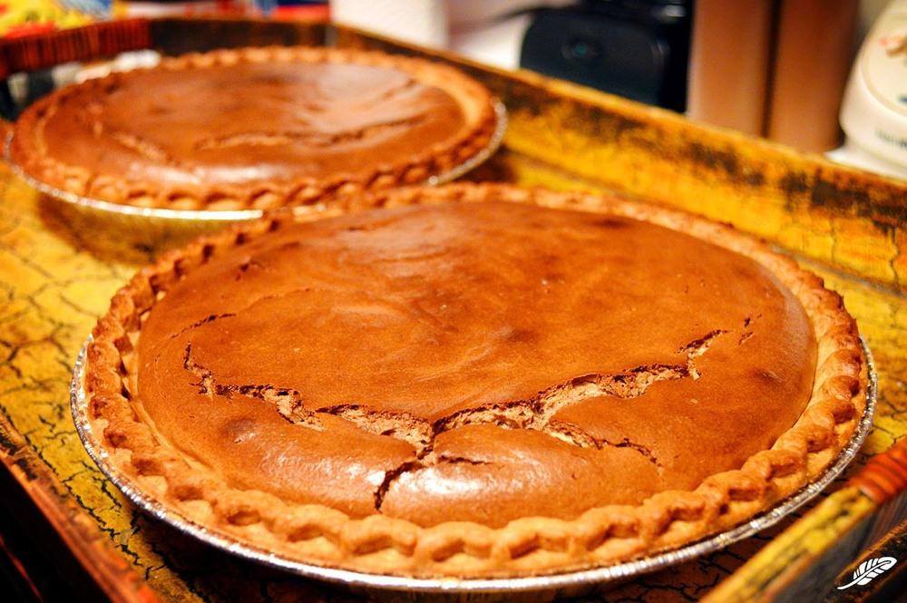 cheeskitch-160702-nutella-cheesecake-pie-baked-1500.jpg