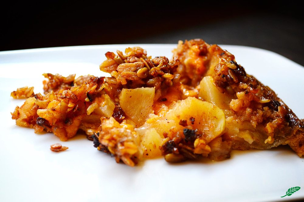 cheeskitch-161110-apple-pie-two-cheeses-1-1500.jpg