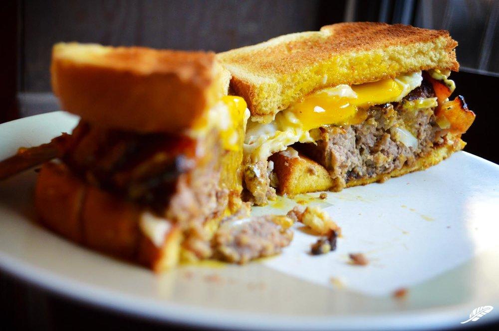 cheeskitch-161204-beef-bacon-meatloaf-egg-sandwich-3-1500.jpg