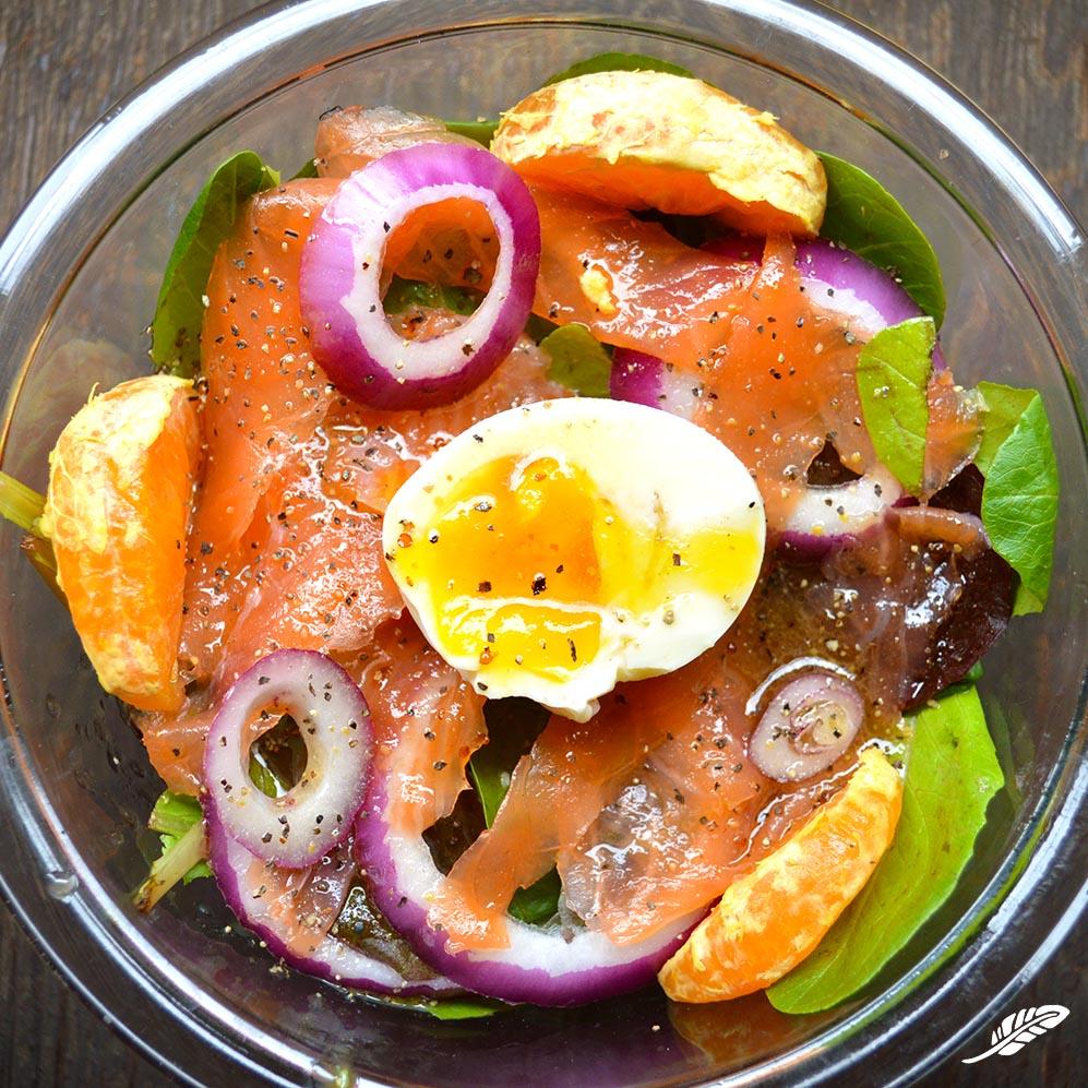 cheeskitch-170307-manhattan-salad-1-sq.jpg