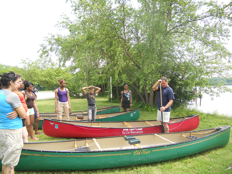 CRC-girls-canoe-6.jpg