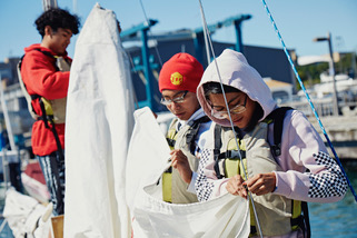 092218_0124 Beacon Place Jose Rociely Carlos sailing.jpeg
