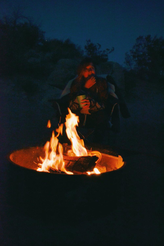 bonfire-at-night