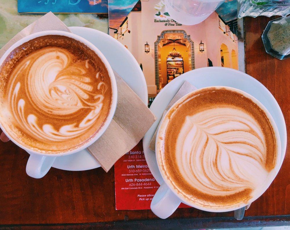 lattes-urth-caffe-santa-monica