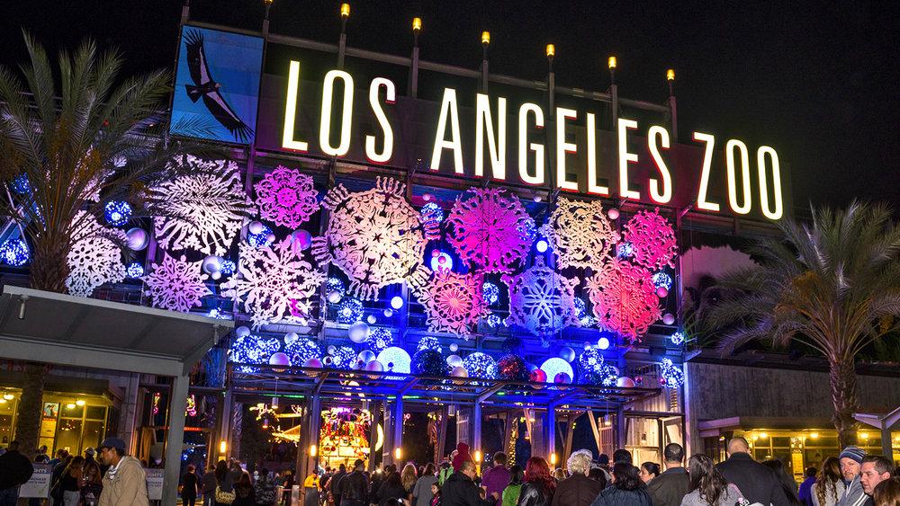 1446755995-LA-Zoo-Lights-tickets.jpg