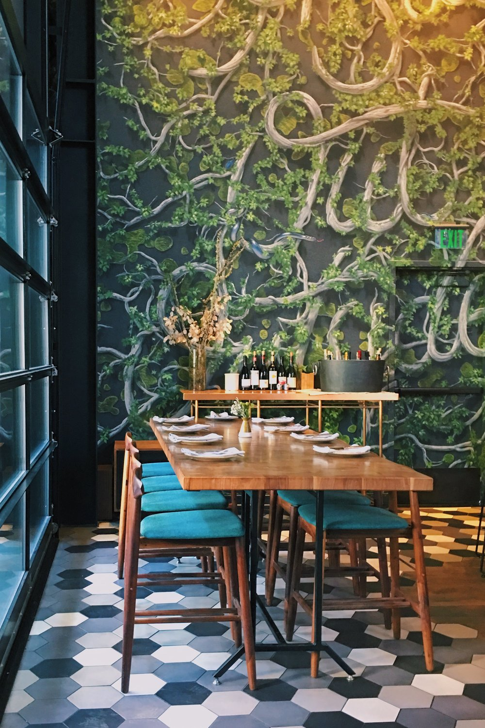 inside-seating-otium-restaurant-los-angeles