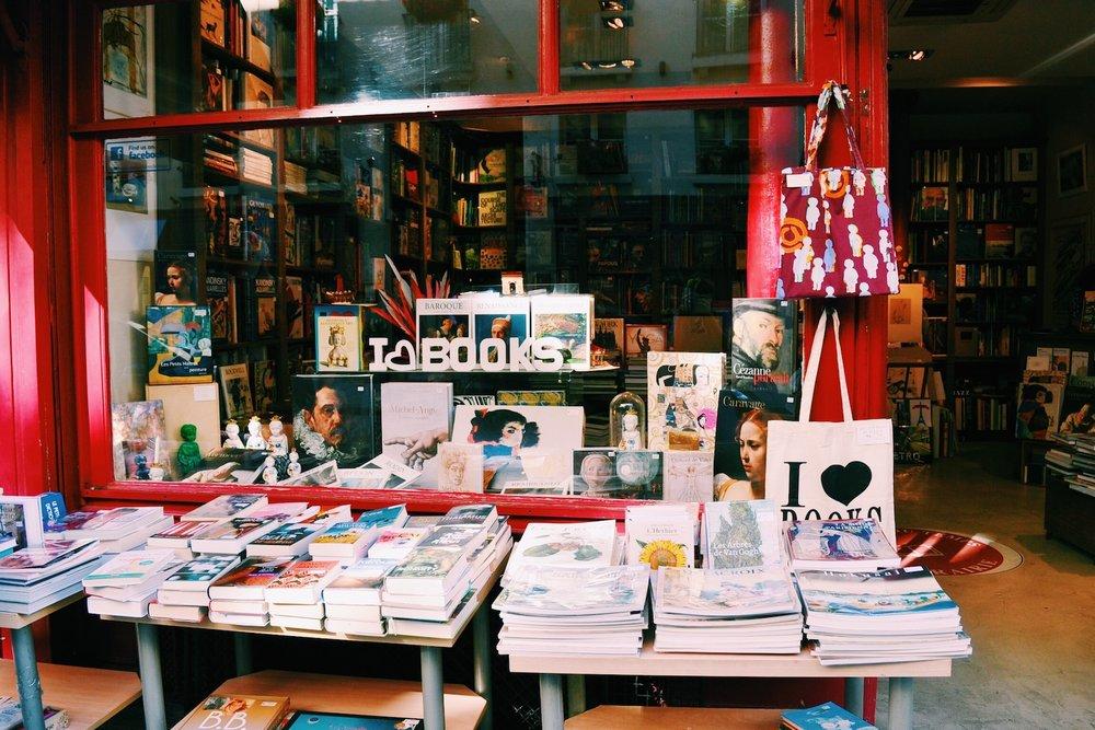 bookstore-st-germain-des-pres.JPG