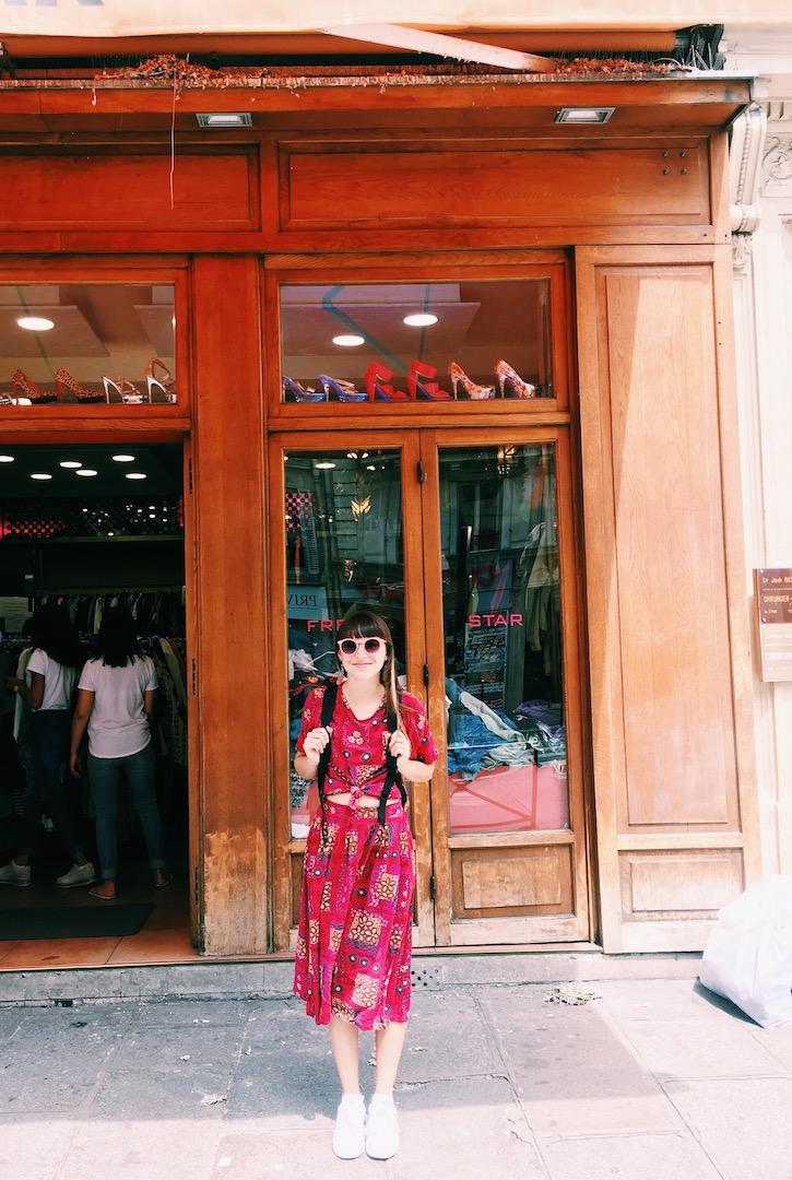 thrift-shopping-paris-france.JPG