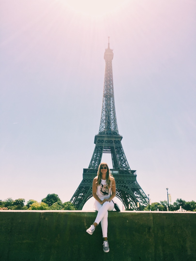 andreina-paris-collecting-moments.jpeg