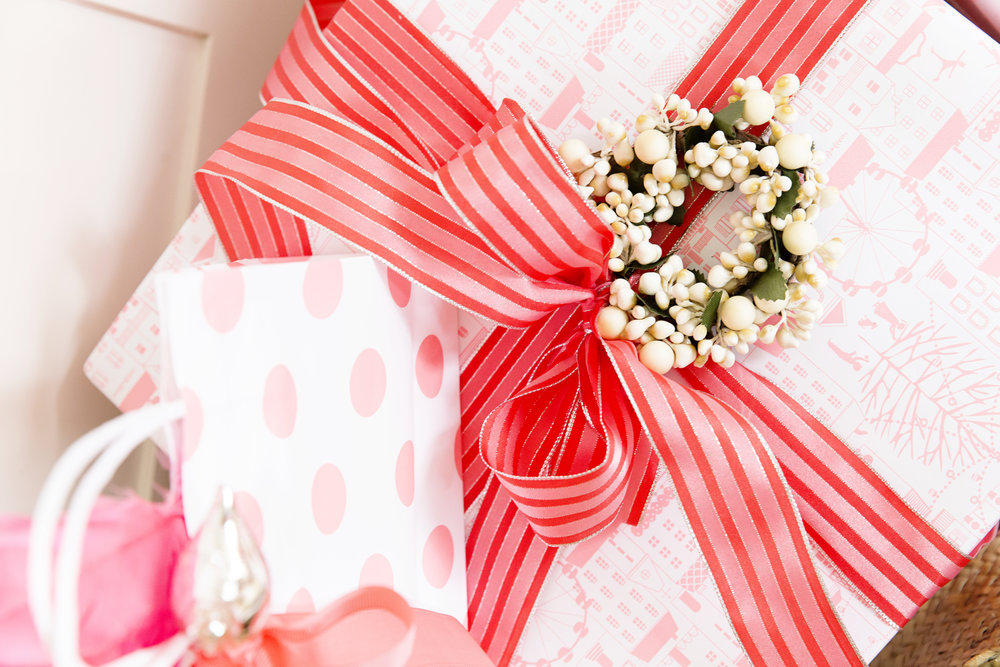 Gift Wrapping 051.JPG