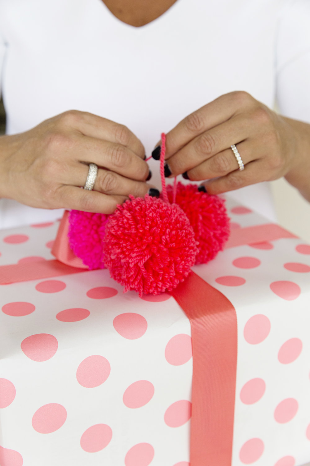 Gift Wrapping 033.JPG
