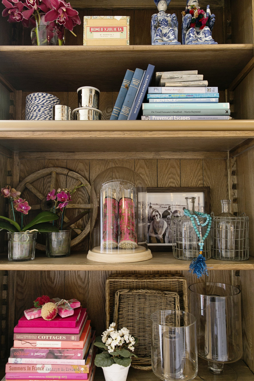 Pink Bookcase 012.JPG