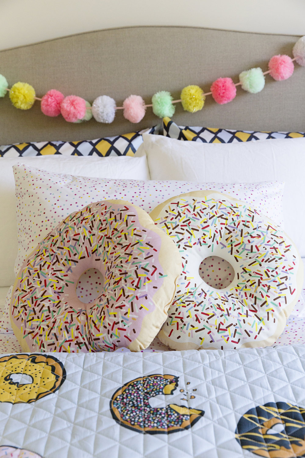Donut Bedroom 022.jpg