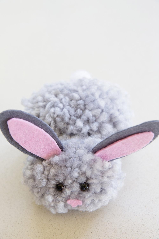 Easter Pom Pom Bunny 004.jpg
