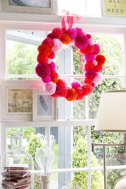 Pom Pom Wreath 025.JPG
