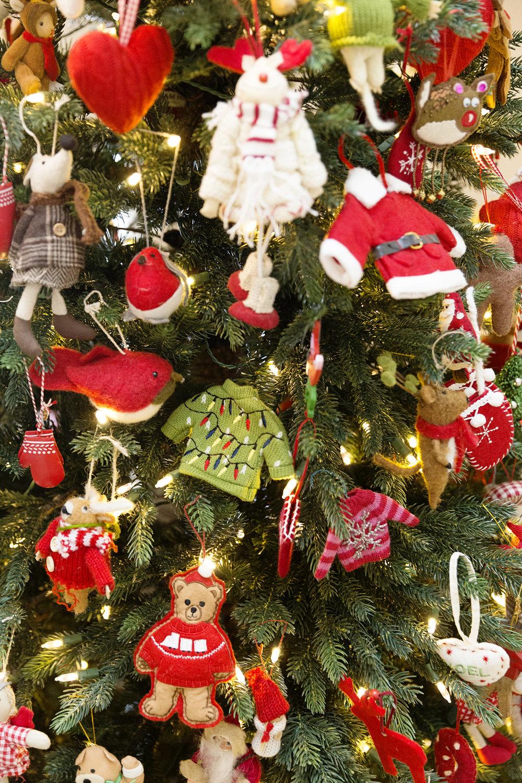 Christmas Tree 006.JPG