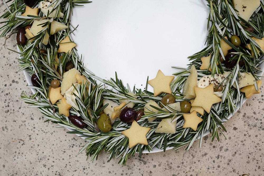 Cheese Wreath 011.JPG