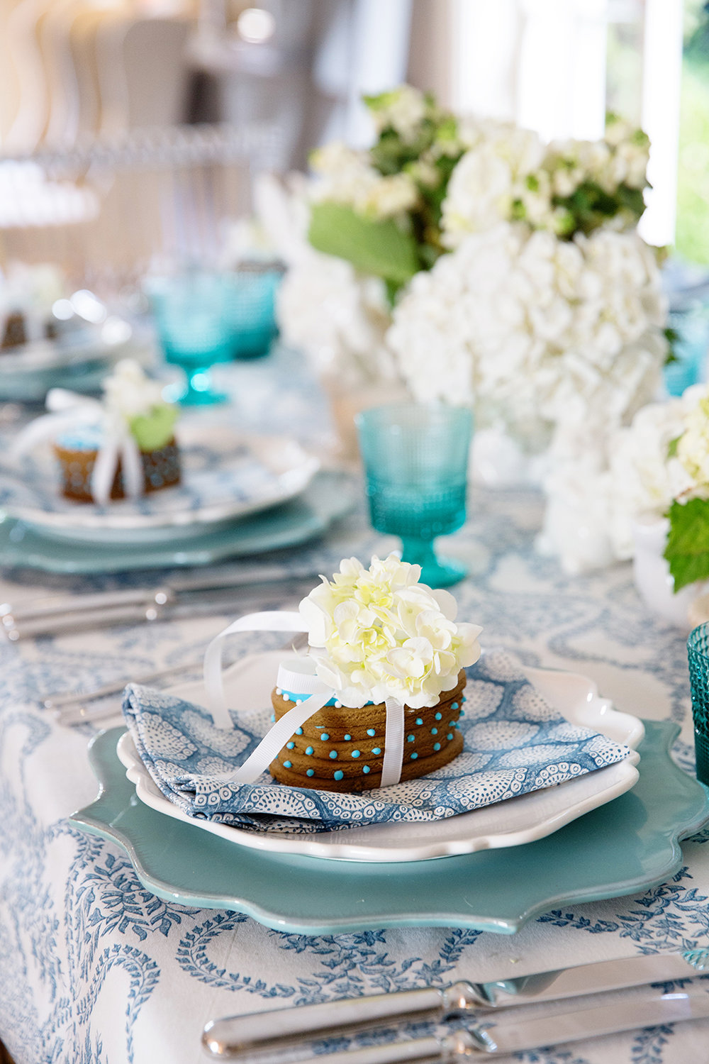 Blue White Easter Table 002.jpg
