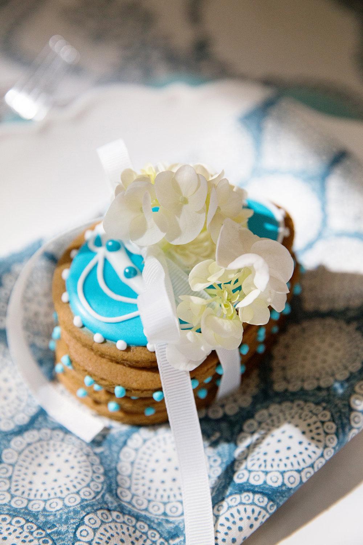 Blue White Easter Table 010.jpg