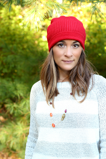 How Women can Wear a Knit Hat