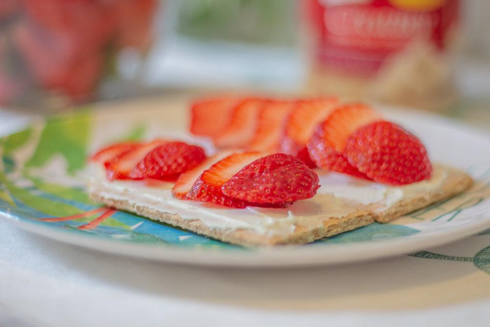 Easy Desserts with Few Ingredients.jpg