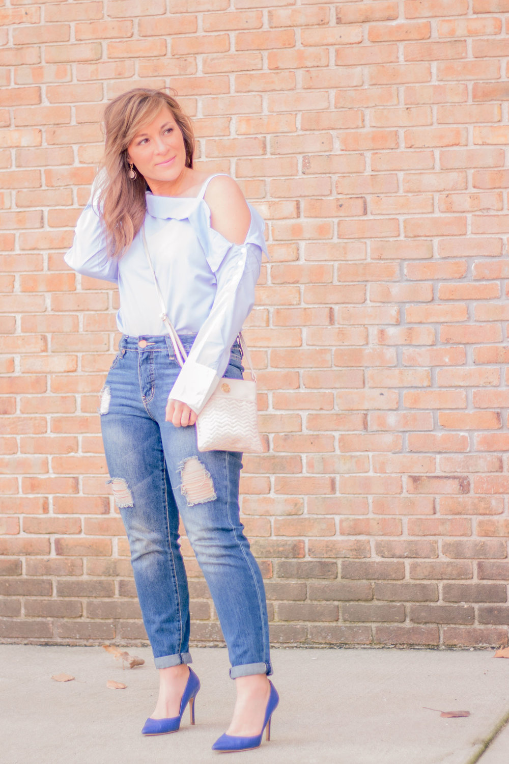outfits-with-off-the-shoulder-tops.jpg