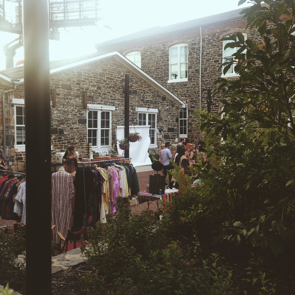 The festivities took place inside this sweet courtyard of the Union Mill, here is a portion of it.