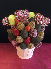 Skor Some Love  This is sure to make any chocolate lovers dream come true!  Strawberries with skor, milk chocolate and oreo crumbs.  Large pineapple hearts dipped in chocolate,   $60/$70/$80   Send Request