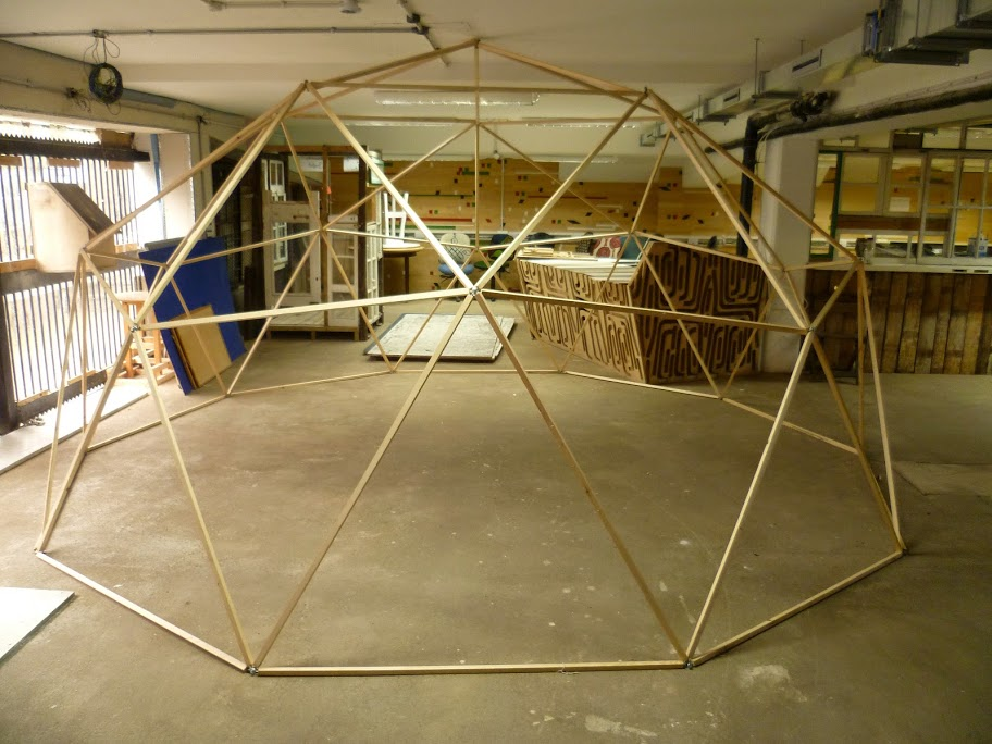 geodesic-domes-london-refuge-domes.JPG