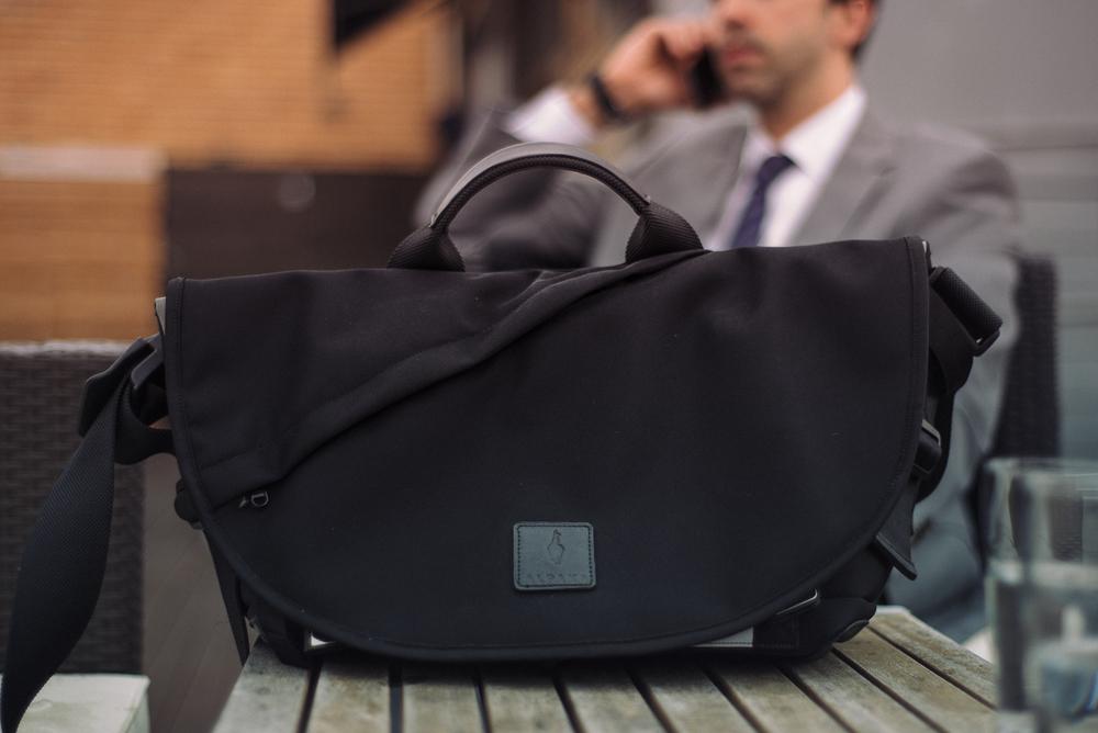 ALPAKA 7ven as a work bag