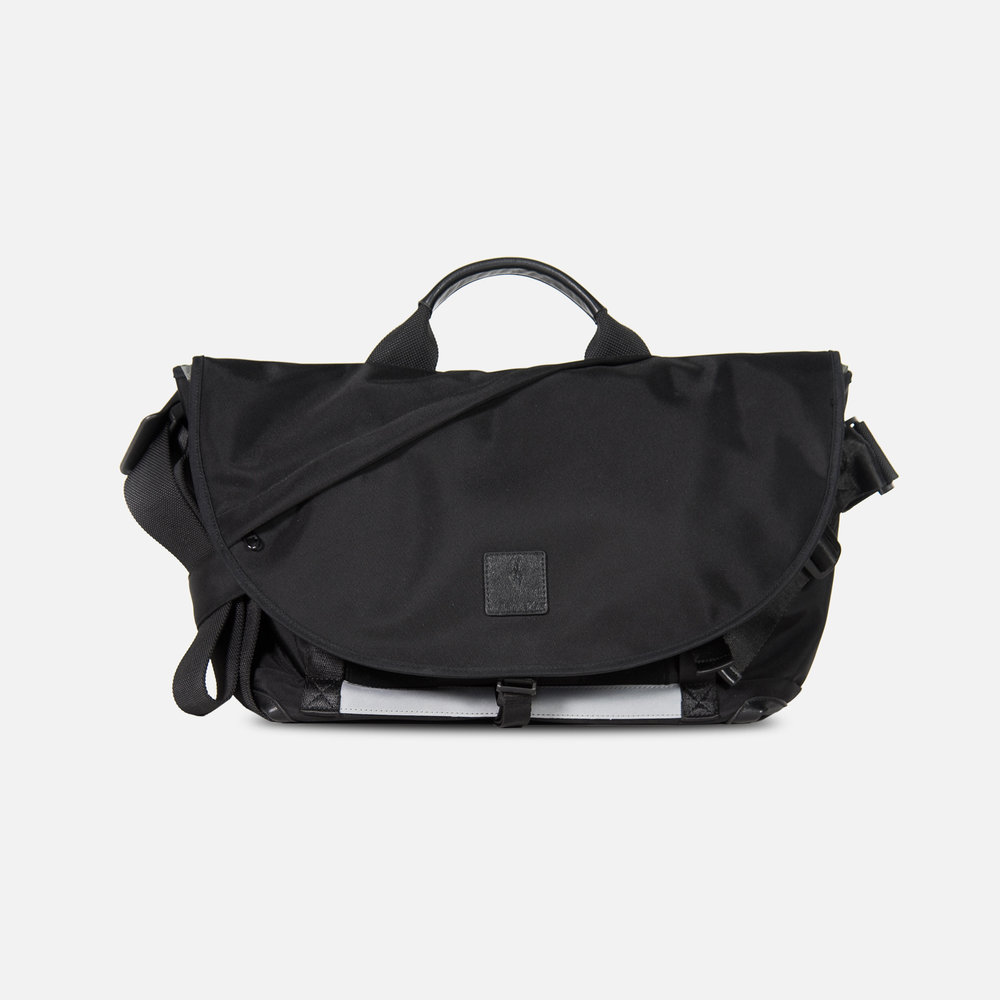 7ven Messenger Bag 2.jpg