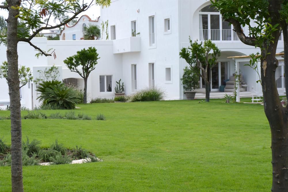 06-Parco-termale-privato-Ischia-Napoli-Studio-Architetti-del-verde-Green-Atelier-Roma.jpg