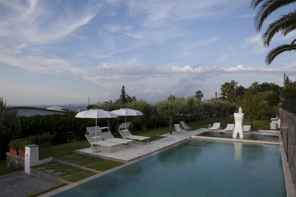 03-Giardino-privato-Casamicciola-Ischia-Napoli-Studio-Architetti-del-paesaggio-Green-Atelier-Roma.jpg