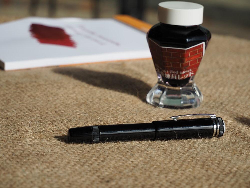 Pen Bottle Pad SUNNY 2.JPG
