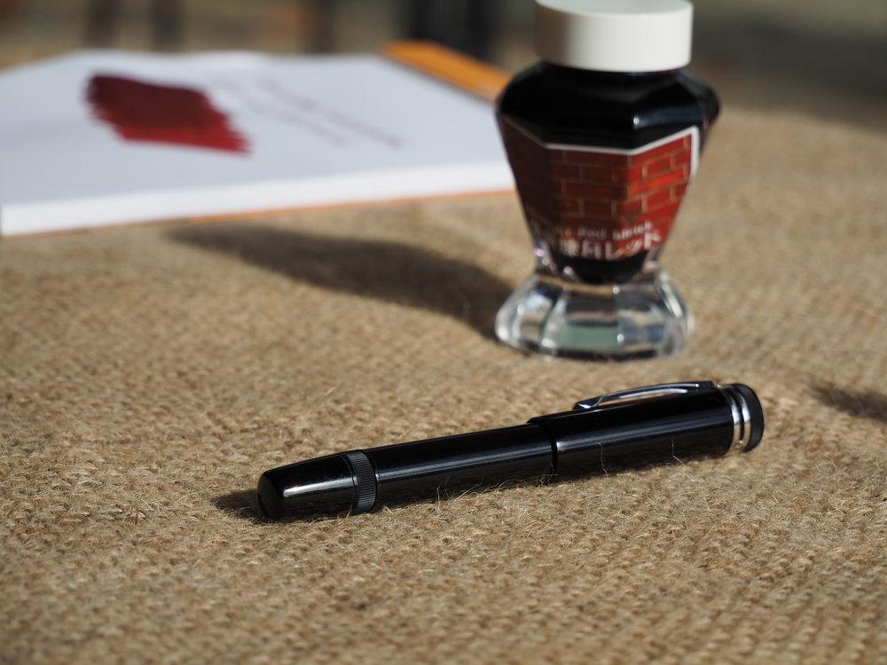 Pen Bottle Pad SUNNY 3.JPG